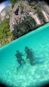 Wie kann ich mein Mundstück unter Wasser wieder finden