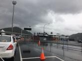 Anfahrt zur Fähre in Picton bei Regen