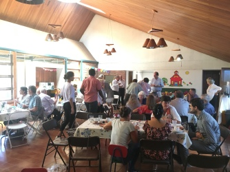 Osterfrühstück in derdeutschsprachigen Gemeinde San Jose