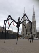 Skulptur Maman vor der National Gallery of Canada